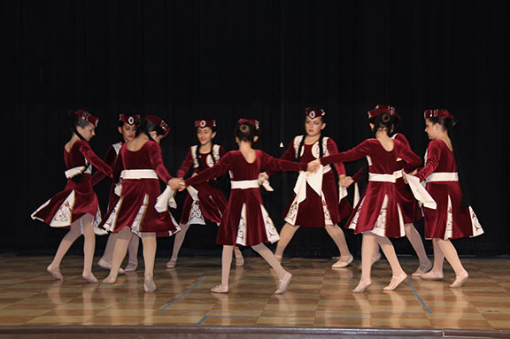 Armenian-music-and-dance