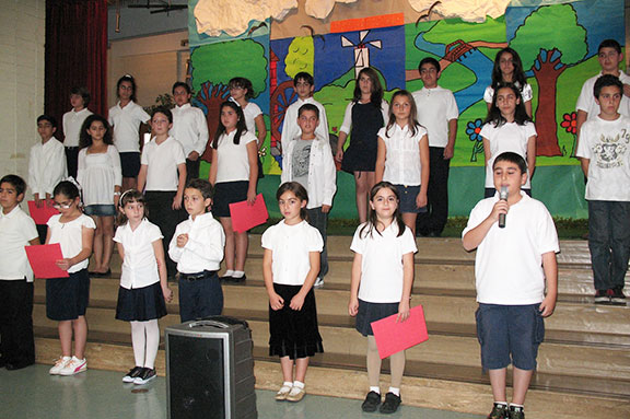 Performances-of-Armenian-patriotic-poems